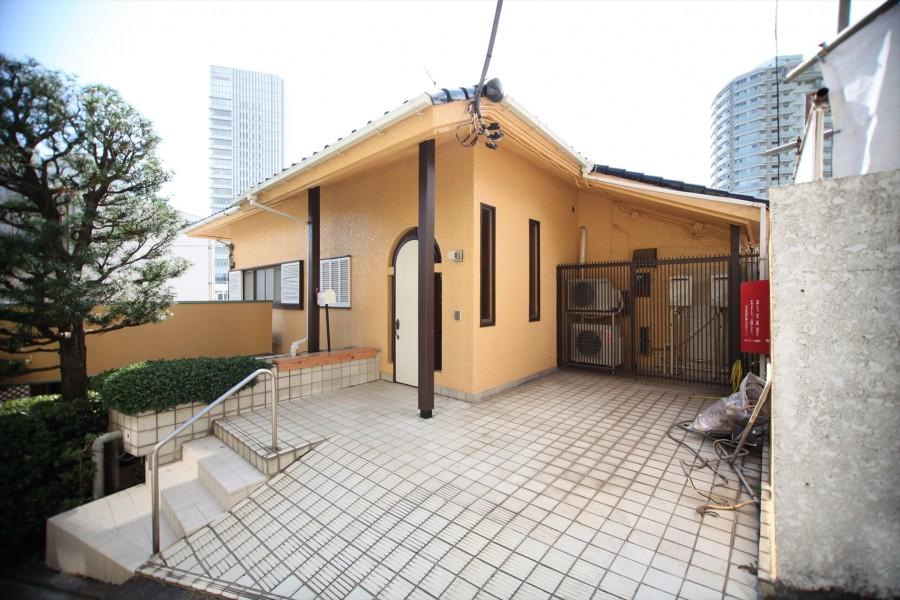 Hanabusayama Courthouse