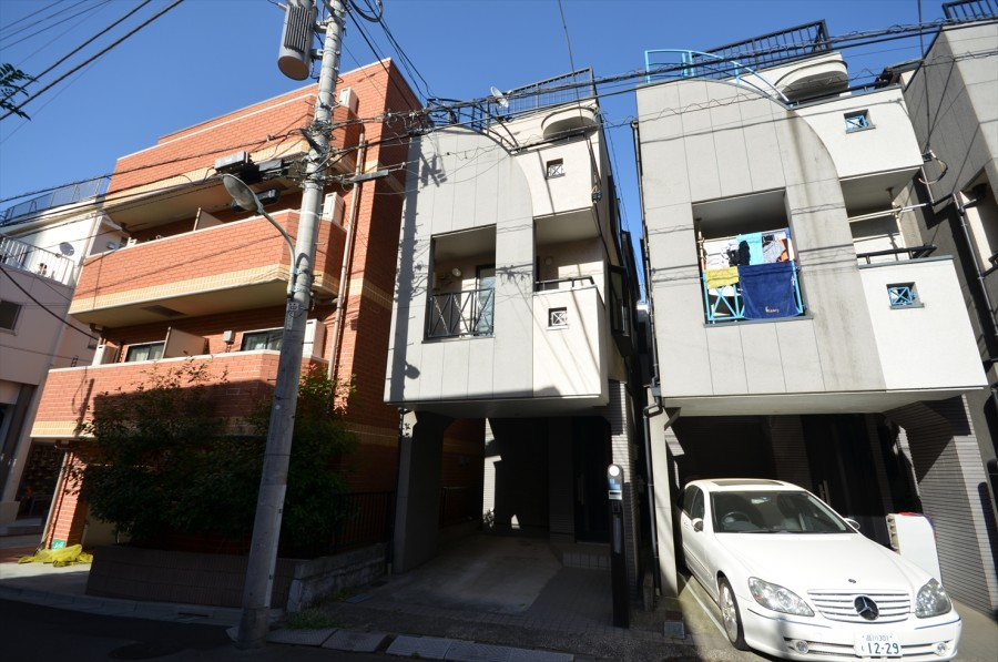 Shirokane 5-chome  House