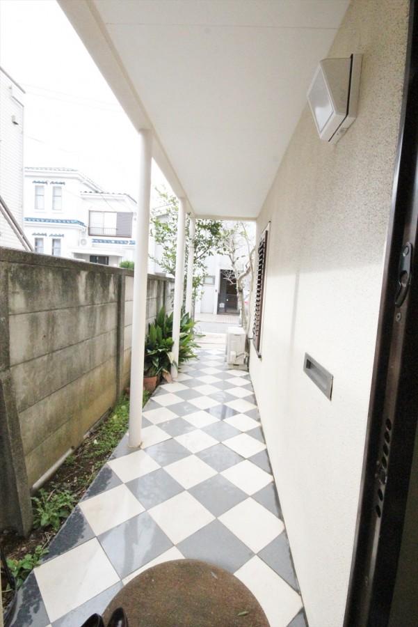 Shimouma 5cho-me House